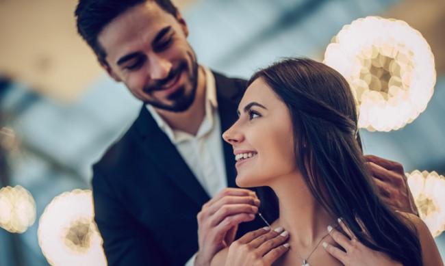 Кои са признаците, че сте непоправим романтик?
