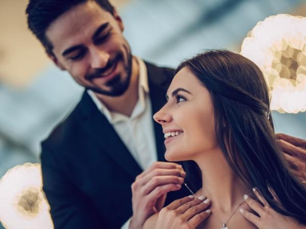 Повечето романтици не си признават, че са такива. Някои обаче