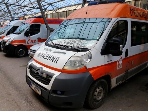 Жена разкарва медиците на Спешна помощ заради паднала от балкона