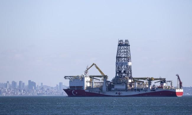 Турция праща втори сондажен кораб в Черно море