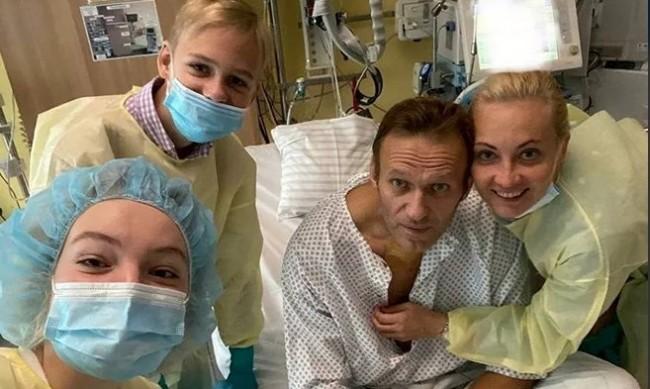 Навални: Още почти нищо не умея, но вчера цял ден дишах сам