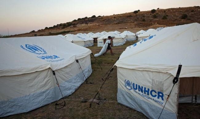 Пожар избухна близо до бежански лагер на остров Самос