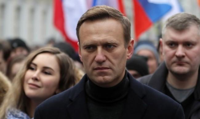 """Шведите убедени: Навални е отровен с """"Новичок"""""""