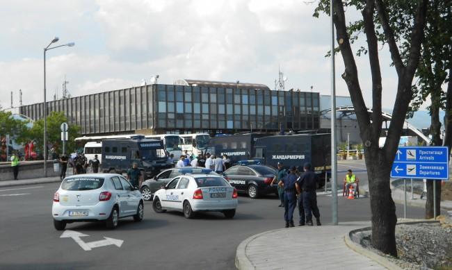 """Делото за атентата на летище """"Сарафово"""" е към края си"""