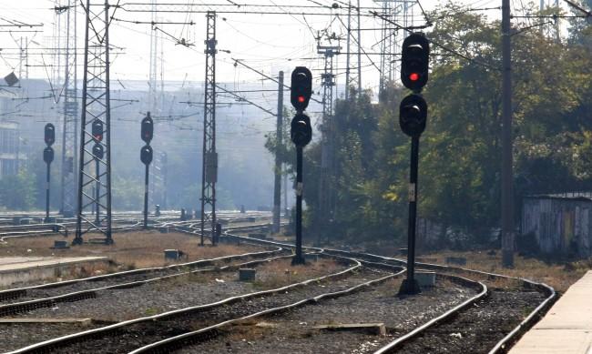 Влак прегази 67-годишна жена между Белово и Септември