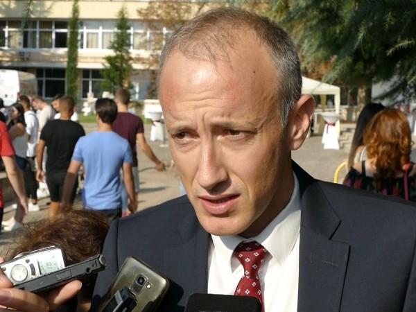 Министърът на образованието Красимир Вълчев обяви, че не очаква бум