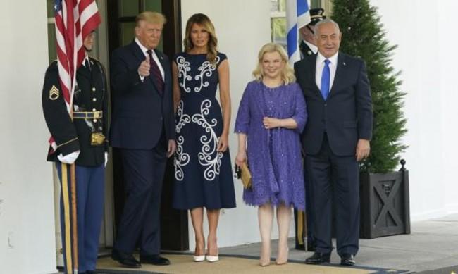 Мелания Тръмп впечатли с рокля за 3700 долара