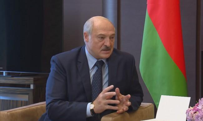 Беларус обяви, че затваря границите си със съседни страни