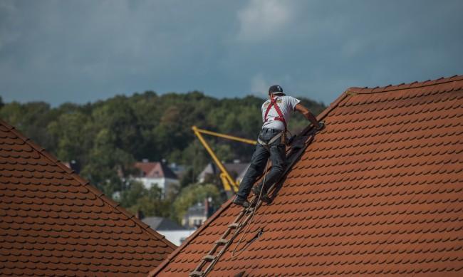 Ремонтът на покрива не е за подценяване