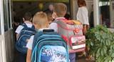 Баба разболя внуче: И третокласник в Пловдив с коронавирус