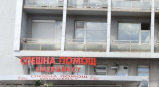 Тролей блъсна жена в София