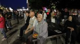 Ден 75 на протест: Яйца отново полетяха към фасадата на Народното събрание