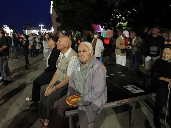 Снимка: Димитър КьосемарлиевПротестиращи се събраха за 75-ия си антиправителствен протест