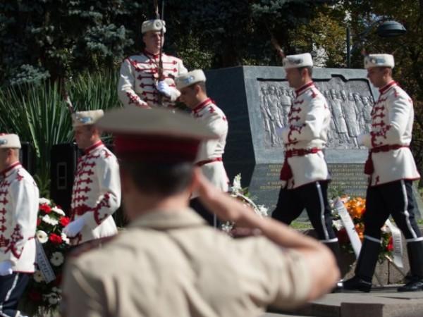 България отбелязва 112 години от обявяването на Независимостта си. Тя