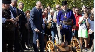 Радев за Методиев: Давам му свободата да разкрие другаде потенциала си