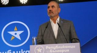 Цветанов: Противопоставянето прави политиците зависими от задкулисието
