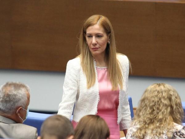 Снимка: Димитър Кьосемарлиев, Dnes.bgБившият министър на туризма Николина Ангелкова, която
