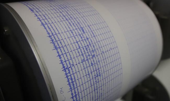 Земетресение с магнитуд 4.6 разлюля Албания