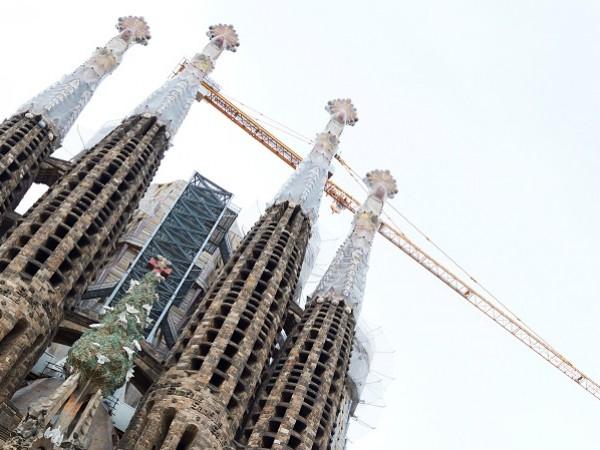 """Строежът на прочутата базилика """"Саграда Фамилия"""" в Барселона няма да"""