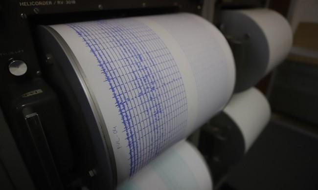Земетресение от 4,1 по Рихтер разлюля Лефкада