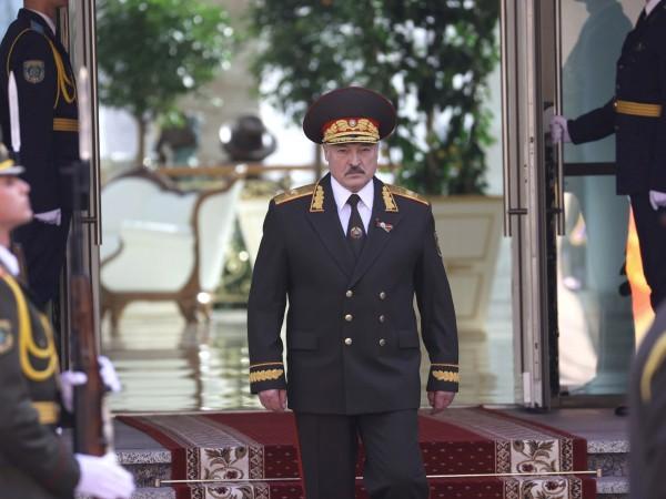 Беларуският президент Александър Лукашенко отхвърли решението на редица страни да