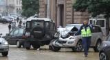Три коли се удариха във верижна катастрофа пред президентството