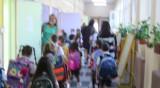 Все повече ученици под карантина заради коронавируса