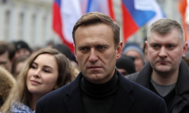 Претърсиха апартамента и запорираха сметките на Алексей Навални