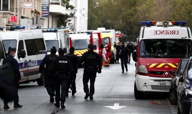 """Има ранени при атака близо до старата редакция на """"Шарли ебдо"""""""