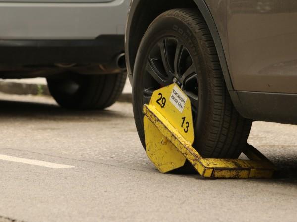 От втората половина на октомври всички, които паркират неправилно, могат
