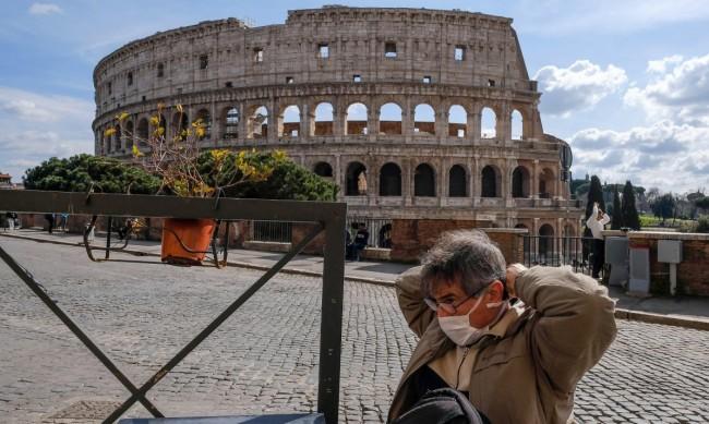 """Адаптира ли се туризмът в Европа към """"новото нормално""""?"""
