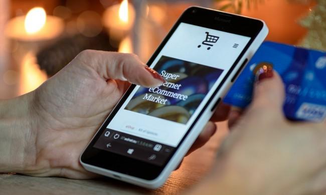 Как да защитим картата си от източване при онлайн пазаруване?