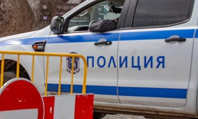 Трима въоръжени обраха павилион за цигари в София