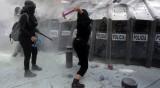 Сблъсъци по време на протест за легализиране на абортите в Мексико