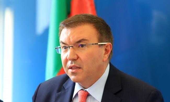 Министър Ангелов ще води брифингите на НОЩ, Мутафчийски резерва