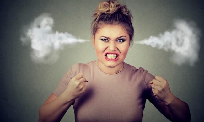 Защо не бива да си лягаме ядосани?