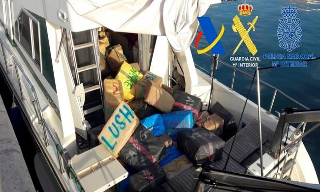 Българи и руснаци арестувани с 30 т. хашиш в Испания