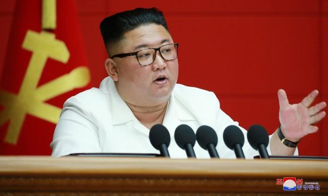 Санкциите не спират Северна Корея - създала е мини ядрени оръжия