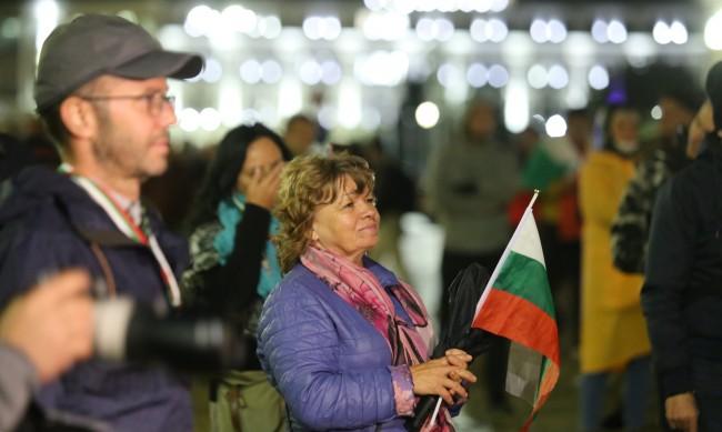Спокоен 84-ти ден на антиправителствен протест в София