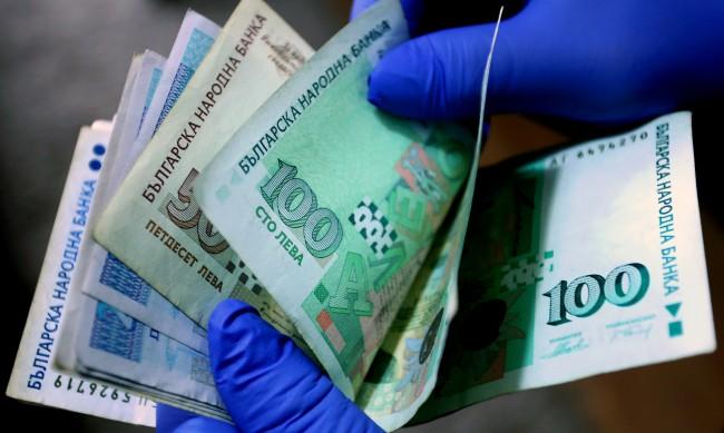 С почти милиард лева по-ниски приходи в хазната