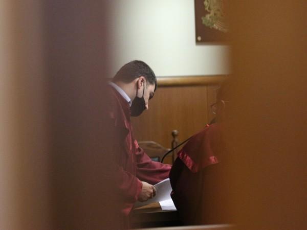 Пловдивският окръжен съд осъди двама служители на Българската агенция за
