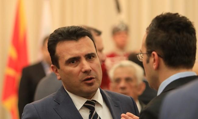 Заев убеден: Каракачанов обича Македония, но по грешен начив