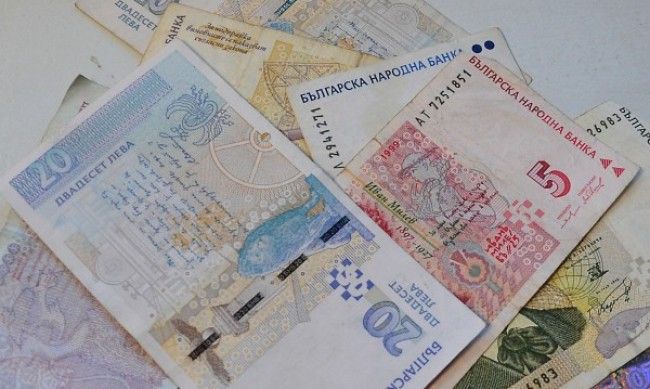 Банките с отсрочка на 15% от раздадените заеми в кризата