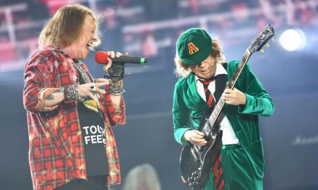 AC/DC се събра отново, какво предстои?
