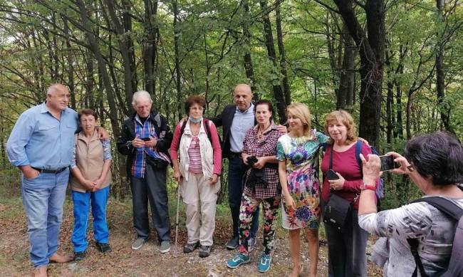 Борисов се снима с планинари: Красотата на страната ни ни мотивира