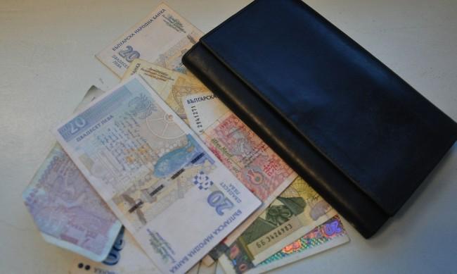 Заплатите на социалните работници според вида на услугата