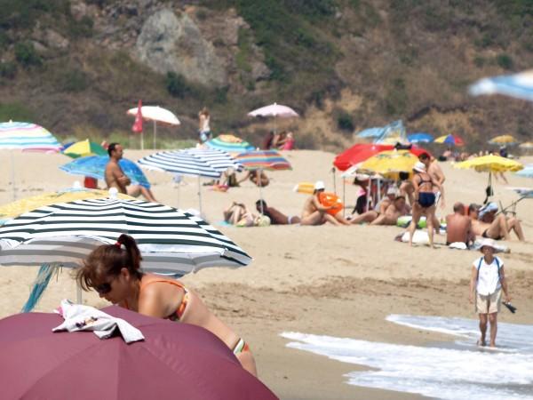Северното Черноморие се напълни с български и румънски туристи през