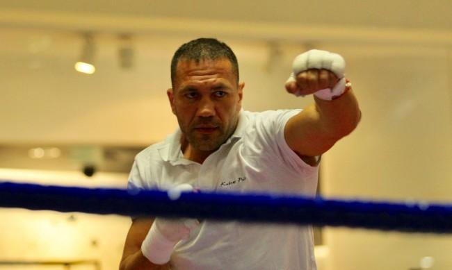 Мачът Джошуа-Пулев ще е без публика в Лондон