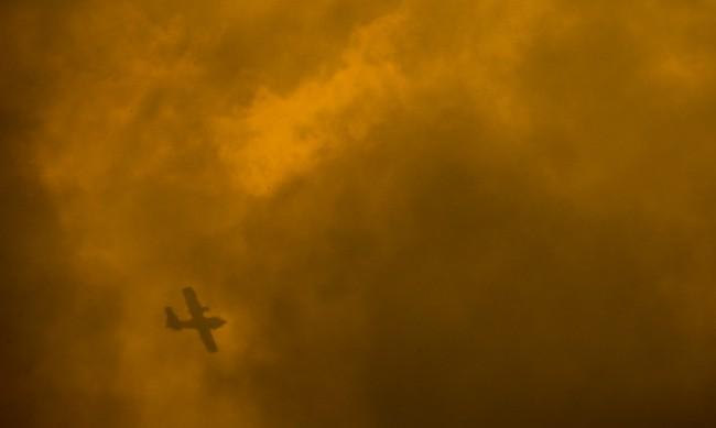 Петима загинали при сблъсък на два самолета във Франция