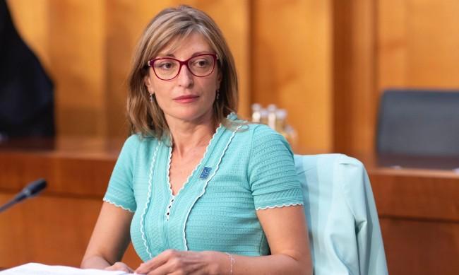 Захариева ще вземе участие в заседанието на външните министри на ЕС в Люксембург